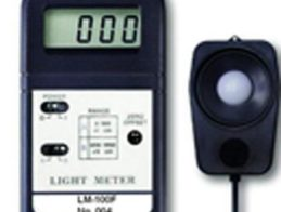 WHITE LIGHT METER LM-100F